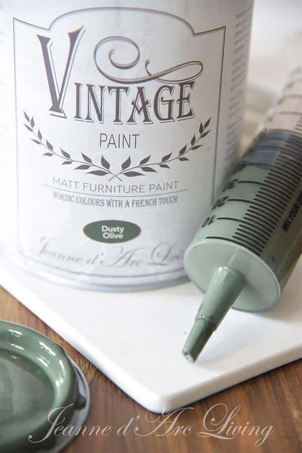 mescolare la chalk paint