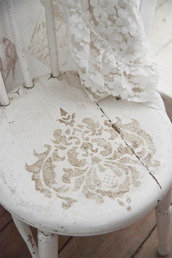 stencil floreale per sedia e mobili rotondo