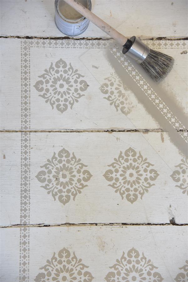 stencil geometrico per decorazione mobili e pareti