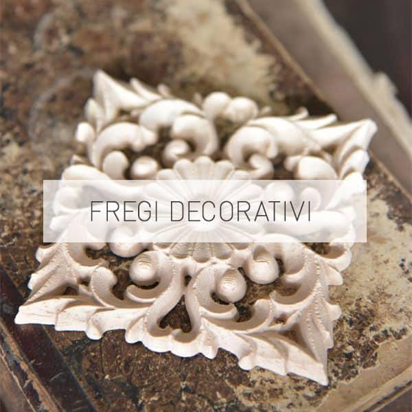 fregi decorativi in legno per mobili