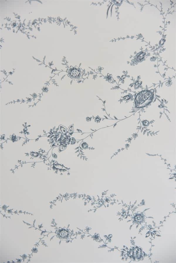 carta da parati a fiori per restyling mobili