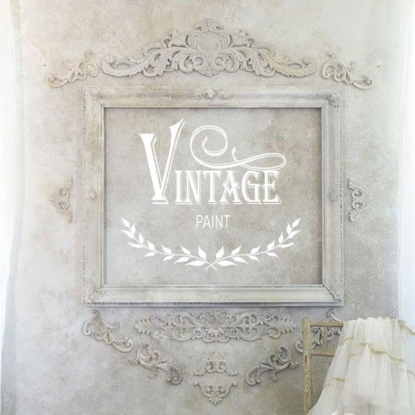 Decorare una parete con i fregi di legno e la vernice a gesso Vintage – TUTORIAL