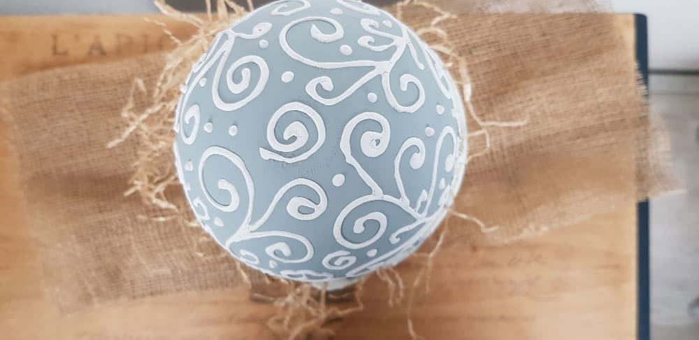 come decorare le uova pasquali con la magica vintage chalk paint